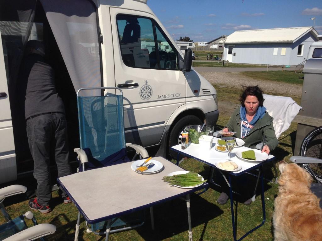 Grillen auf dem Hvide Sande Campingplatz
